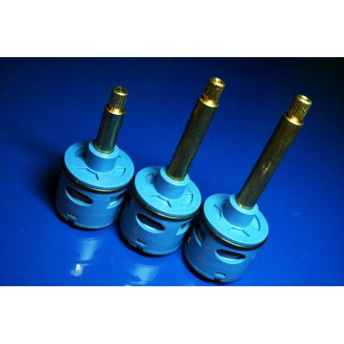 Картридж дивертор в смеситель для душевой кабины на четыре ( 4 ) положения с латунным штоком 32 мм DD146